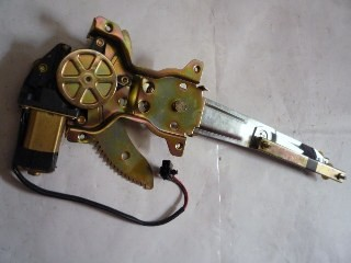 WINDOW REGULATOR + MOTOR I/ PANTHER 2300CC RIGHT HAND